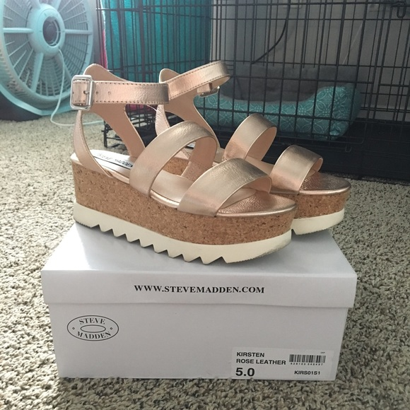 f04be92dcc7 Steve Madden Kirsten rose gold platform sandals